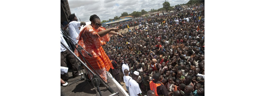 Yvonne Chaka Chaka is cheered by thousands at an Imagine No Malaria kick-off event.